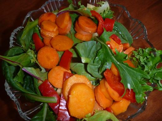 Healthy detoxifying sweet potato salad with no oil