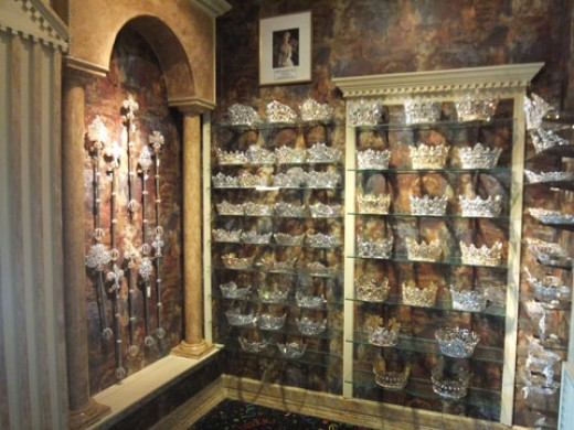 This shop features custom-made crowns, sceptors, pins, and more!