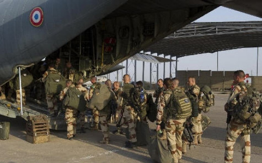 French special forces loading in Chad
