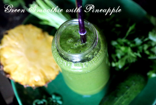 Pineapple-kale smoothie