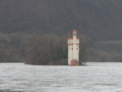 Mäuseturm Toll Tower in the Rhine River, near the river mouth of the Nahe river.