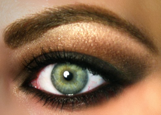 Dramatic Eyeshadow Ideas: Sultry Browns