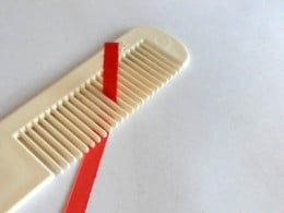 Comb and quilling paper