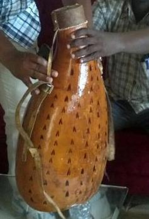 The famous Kenyan athlete homecoming milk sharing gourd