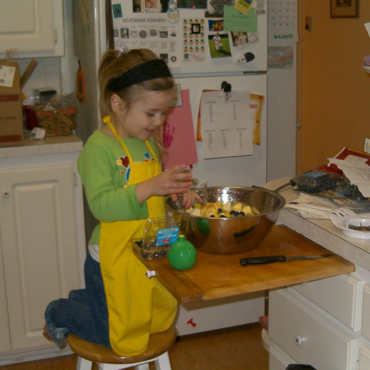 A Budding Chef Tara, Age 4