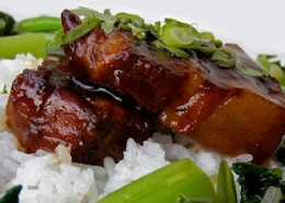 This Chinese brown sauce recipe is easy to make and can be frozen for future use.