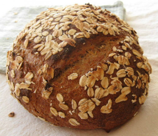 Whole wheat bread provides you with good amount of magnesium.
