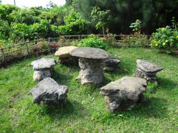 Stone Age Table Set