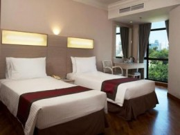 Fort Canning Lodge Guestroom - comes with lots of space, TV with CableTV channels, LAN Internet access and safe deposit box.