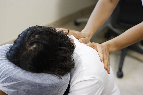 Even a brief chair massage can increase test scores.