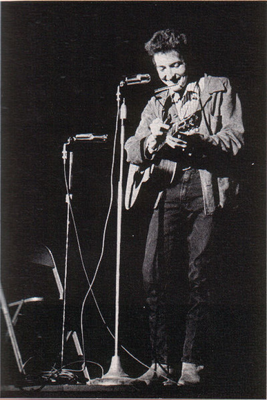 Bob Dylan performing at St. Lawrence University, New York, November 1963.