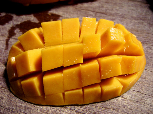 Ripe Mango makes a refreshing face pack easily made at home.