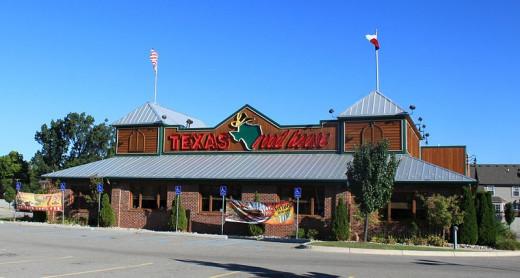 A typical Texas Roadhouse restaurant.
