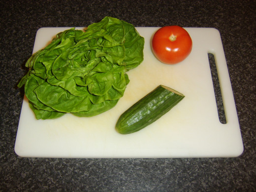 Lettuce, cucumber and tomato