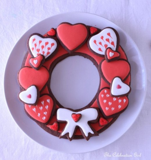 . Valentine's Day cookie wreath