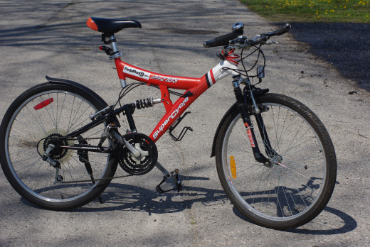 The Supercycle XTI 21DS converted to a road going mountain bike.