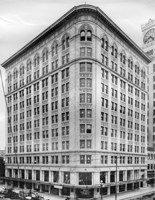 Birks Building at 718 Granville Street, March 1913