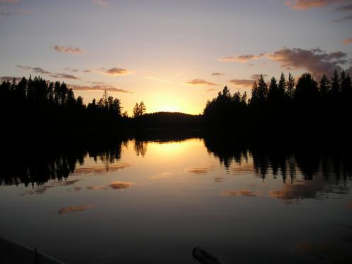 Sunset On The Lake At Mairela Retreat