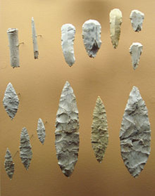 Solutrean tools and projectile points