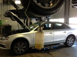 Brake fluid reclaim container
