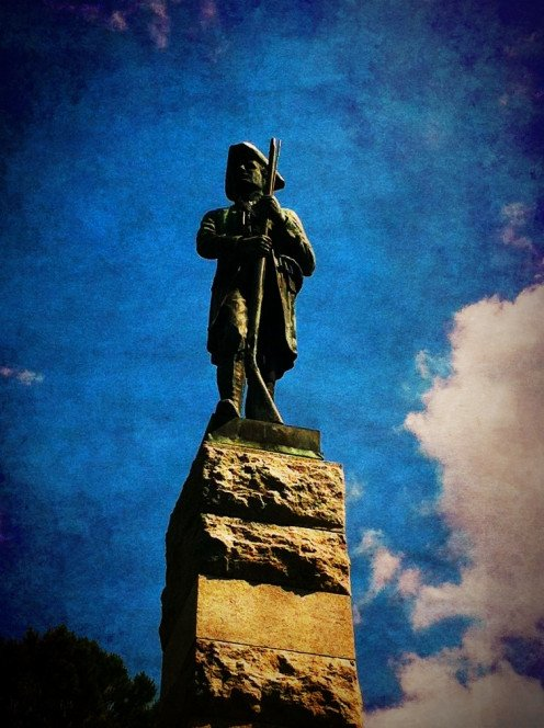 Statue commemorating the Battle of Alamance.