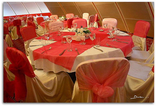 Valentines day wedding themes ideas hubpages pink wedding dcor for valentines day junglespirit Image collections