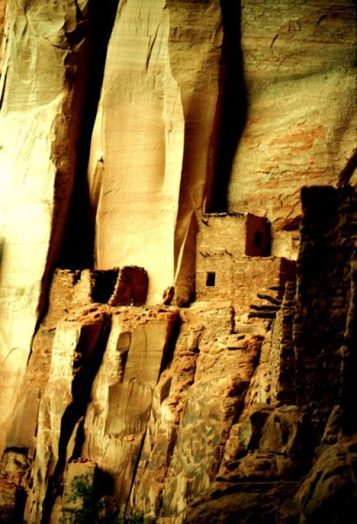 Ulrich Egert photographed these ruins of Anasazi adobe pueblos in Cañón de Chelly, Arizona on December 16, 2005.