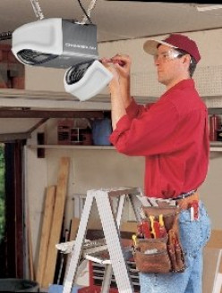 Tips on Choosing the Best Garage Door Opener