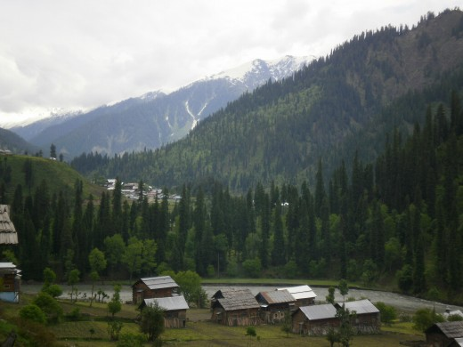 Scenes like this never tire the eyes. Neelum Valley.