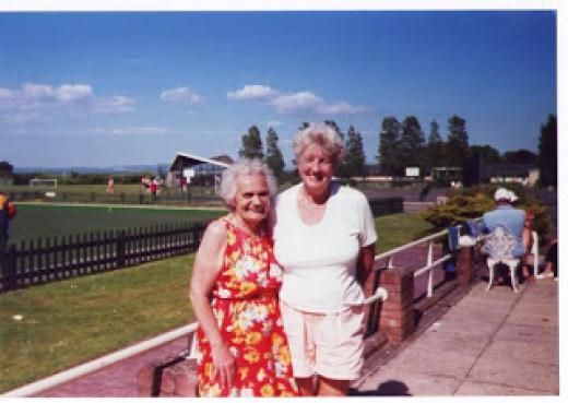 Nanny Vera (left)