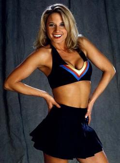 Female Wrestling - The History of the WWE Divas