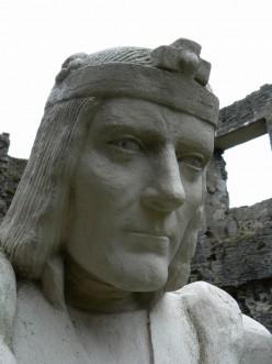 Excavating King Richard III