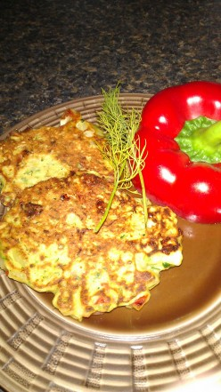 "Healthy Grilled Zucchini Cakes with Red Pepper and Feta - Ruby's Tuesdays ""Look alike"" recipe!"