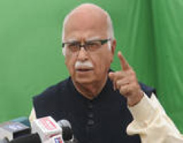Why Advani was  not hanged?