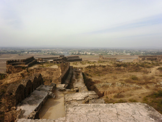 Much of Rohtas Fort is still intact and well preserved especially the imposing walls and the imposing gates.