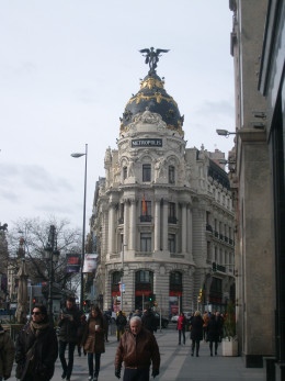 This building was so striking when I came upon it while walking the Gran Via