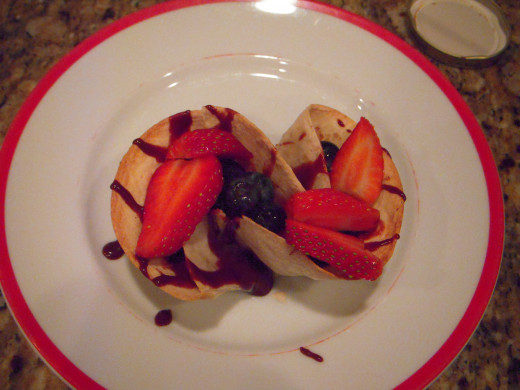 Fruit filled baked tortilla cup