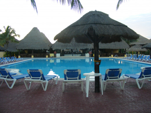 Pool by the beach. Allegro Resort. Cozumel, Mexico