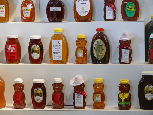 Attribution to Wiki commons http://commons.wikimedia.org/wiki/File:Texas_State_Fair_honey.jpg