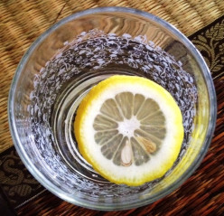 Lemon water instead of softdrinks for detox. Why not?!