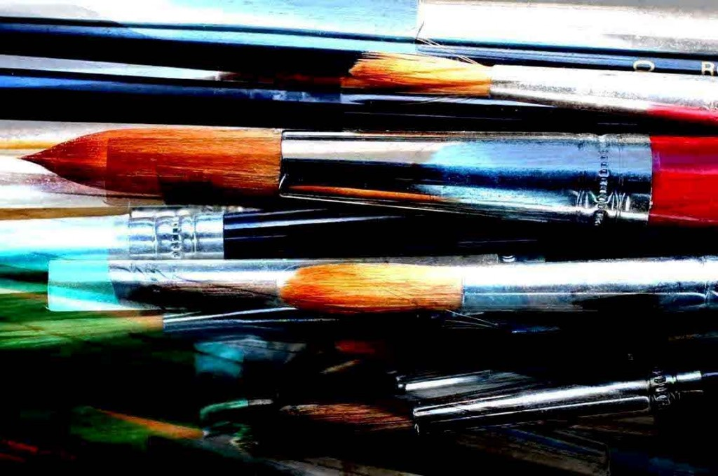Cleaning Paint Brushes With Paint Thinner