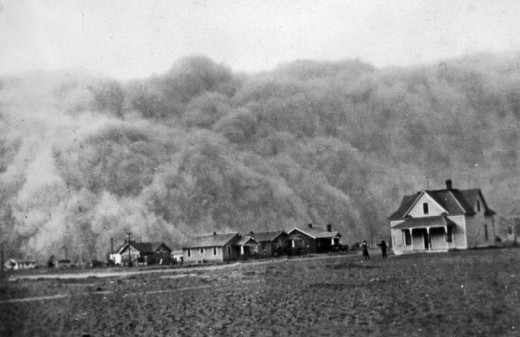 A dust storm engulfs Stratford, Texas, in April 1935.
