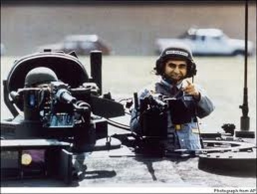 Michael Dukakis in the famous tank picture