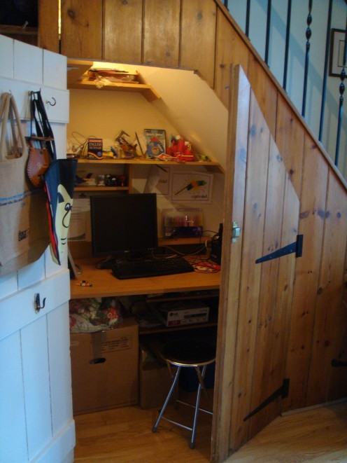 Make an Office Under the Stairs!
