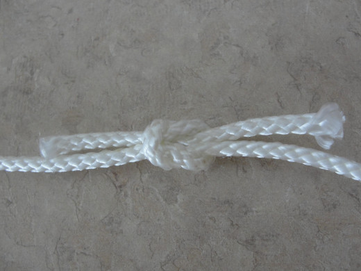 Pull the knot tight.