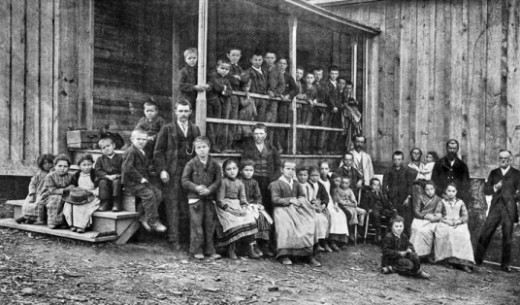 Waldensian schoolchildren and teacher in Valdese, NC, 1905