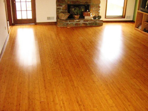 Home Legend bamboo flooring is a great option for anyone hoping to spruce up their interior design a little bit with new floors. Easy to install and durable, it's also beautiful.