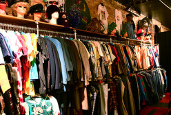 Best Sites for Cheap Vintage Clothing Online