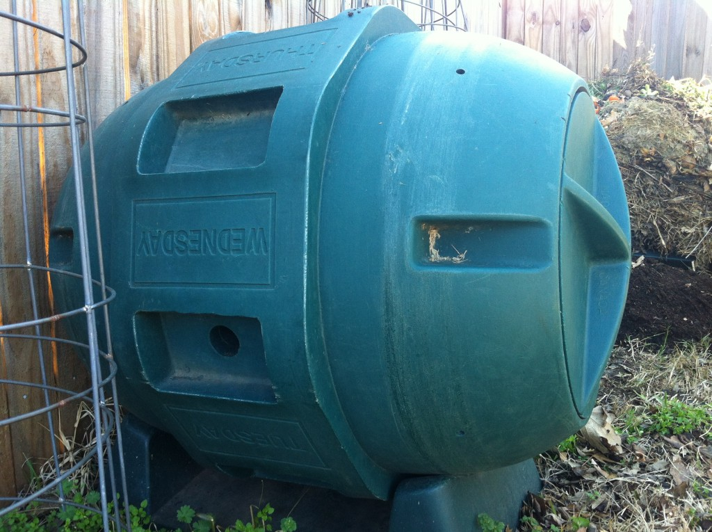 How To Make Compost Fast Use A Compost Tumbler