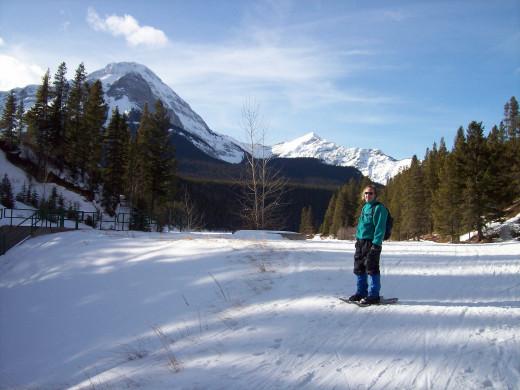 Cross Country Skiing at Chinook Lake aka Allison Lake